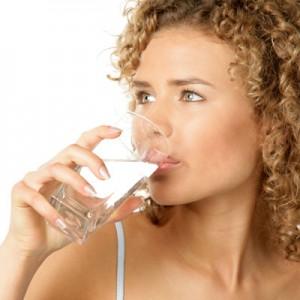 water drinken afvallen 300x300 Hoeveel water moet ik drinken?